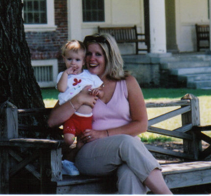Sophia & mommy '02