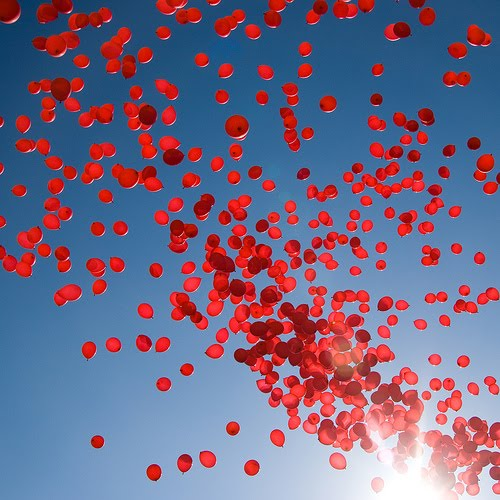 Red-balloons1