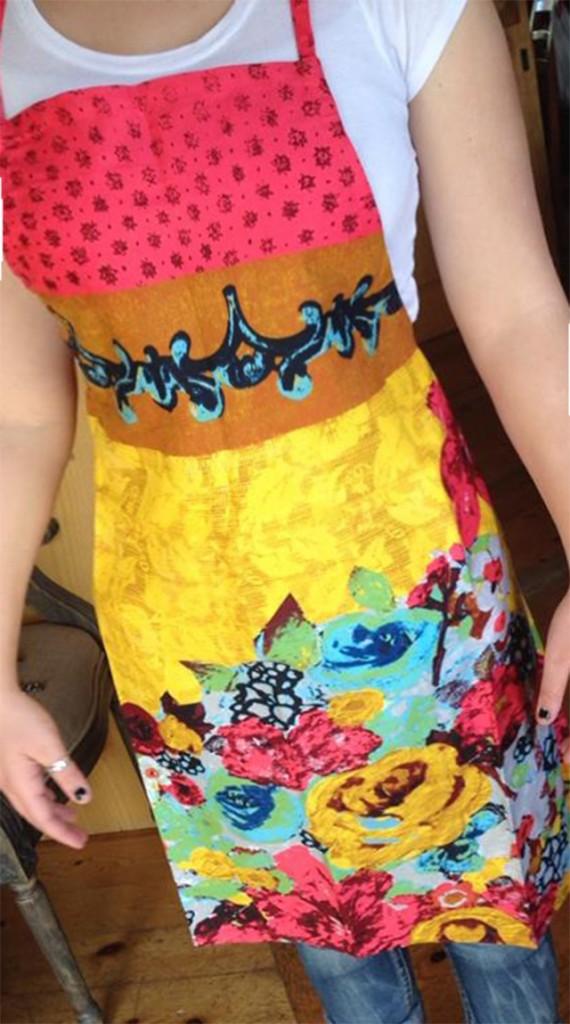 Handpainted-floral-apron-570x1024